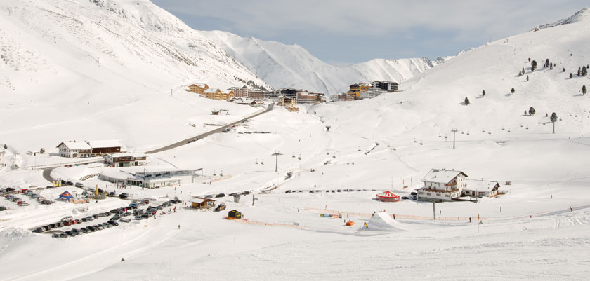 austria_kuhtai_resort-view2.jpg
